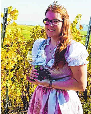 Weinprinzessin Nadine I. eröffnet das Weinfest am Freitag. FOTO:FESTGEMEINSCHAFT