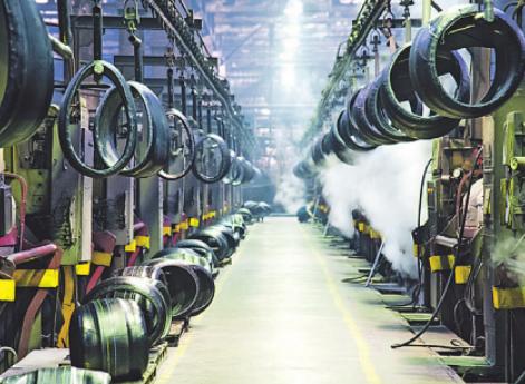 Bei der Herstellung von Reifen für elektrisch angetriebene Fahrzeuge werden andere Gummimischungen verwendet Bild: sGR/stock.adobe.com
