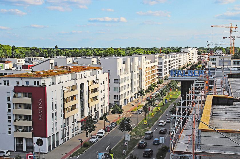 Strebt ihrer Fertigstellung zu: die Bebauung in der Rheinallee. FOTO: STADT LUDWIGSHAFEN/FREI