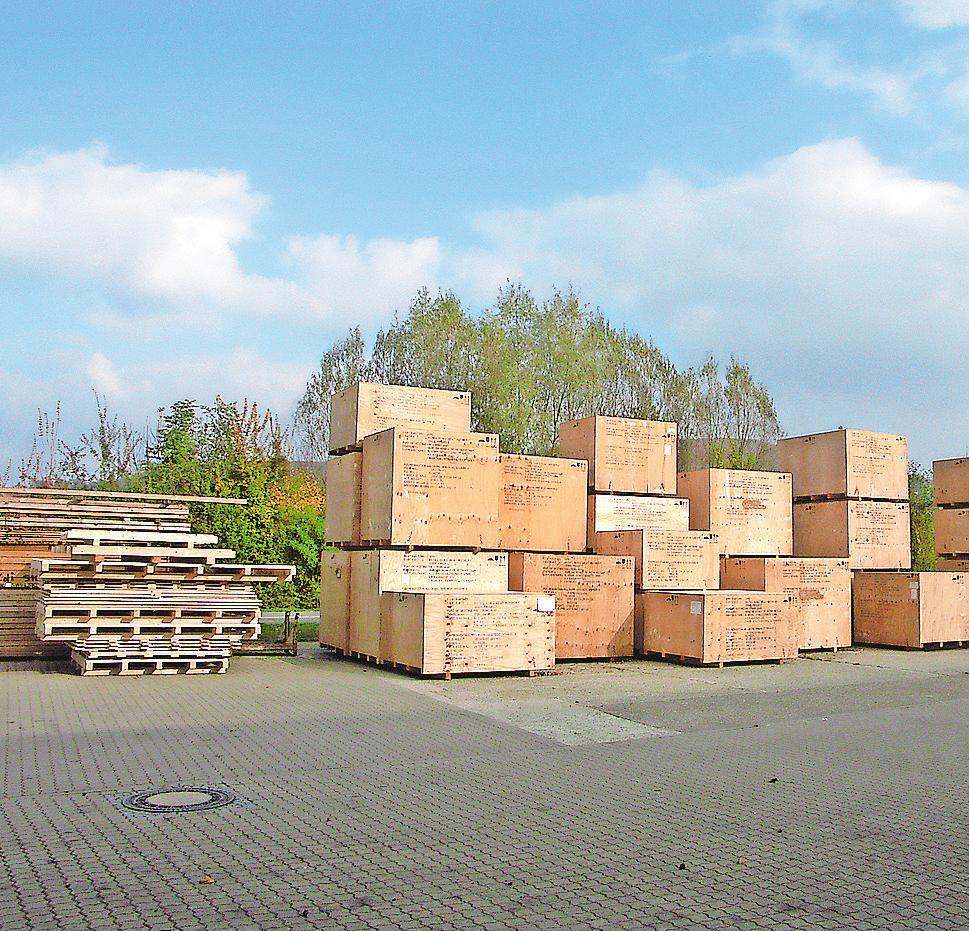 Alles sicher verpackt mit Holz aus nachhaltiger Forstwirtschaft Image 2