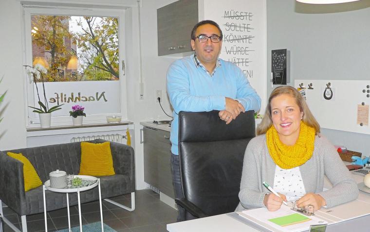 Seit Anfang November bieten Kader und Simone Selmi in ihrem Wohnort Havixbeck nahe der Kirche ihr Lernstudio eröffnet. Fotos:Dorothee Harbers