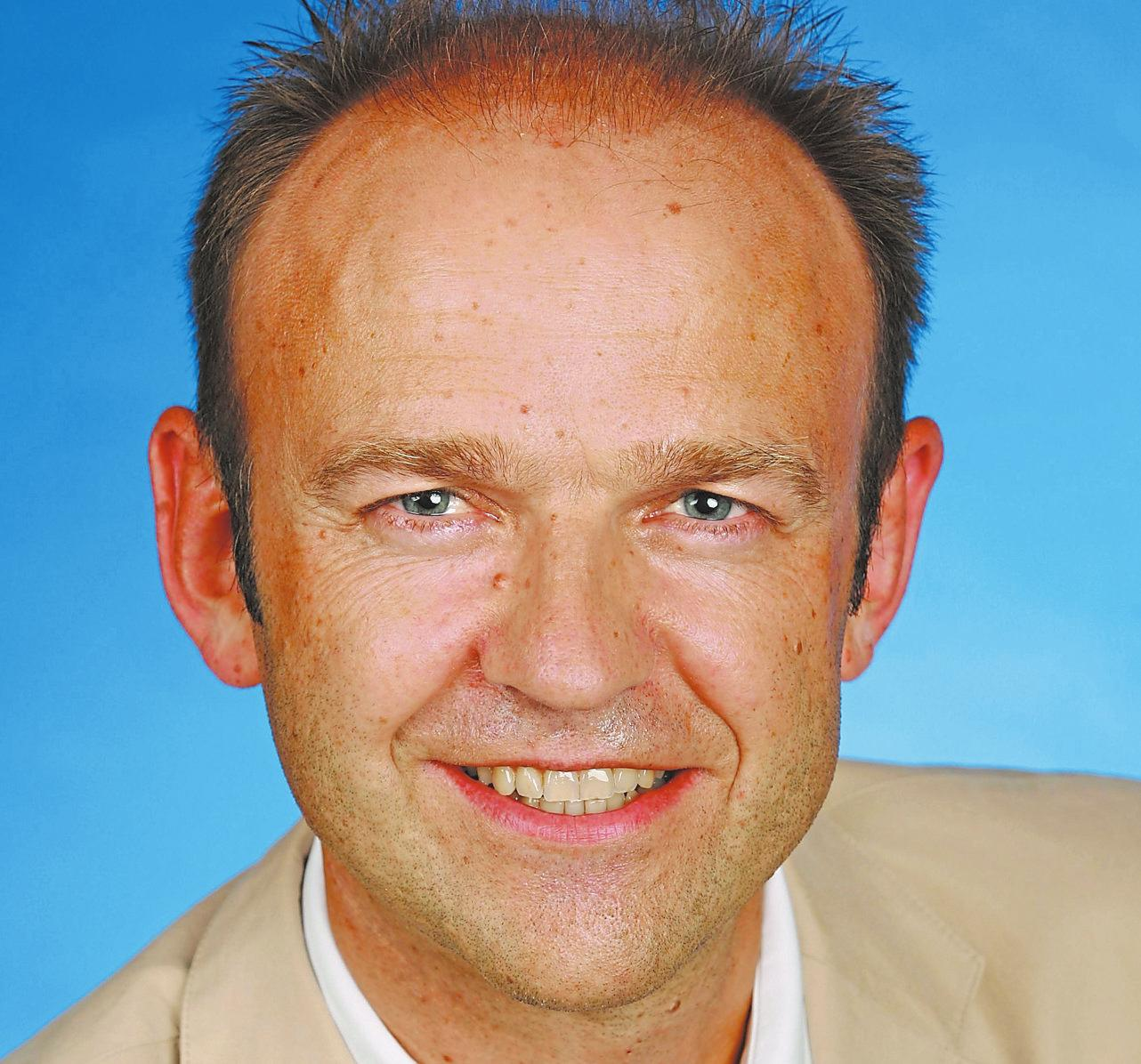 Dr. Norbert Wistorf referiert über diverse Herzerkrankungen. Foto:Josephs-Hospital Warendorf