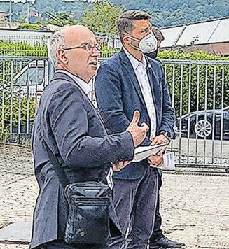 Dr. h. c. Armin Pfirmann, Geschäftsführender Gesellschafter und DORNBACH-Niederlassungsleiter, mit Saarbrückens Oberbürgermeister Uwe Conradt. Foto: DORNBACH GmbH