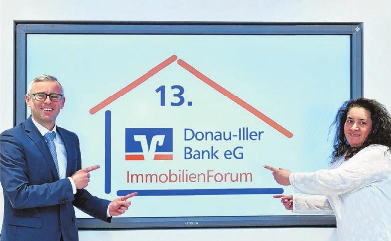 Der Prokurist und Vertriebsleiter Thomas Freudenreich und seine Assistentin Dagmar Freudenreich sind erneut die Organisatoren des 13. ImmobilienForums.