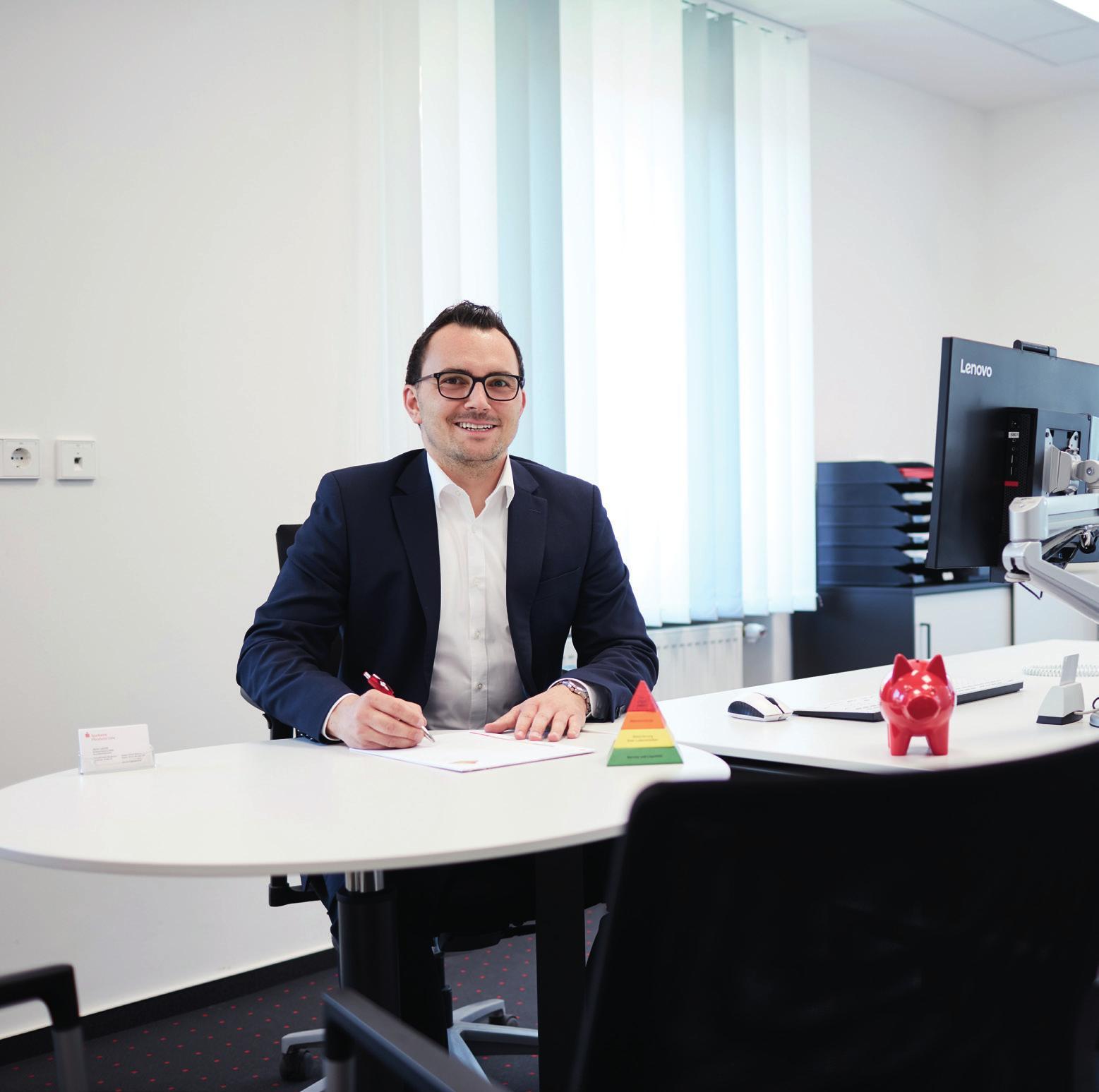 Jens Leicht leitet die Geschäftsstelle der Sparkasse in Maulbronn.