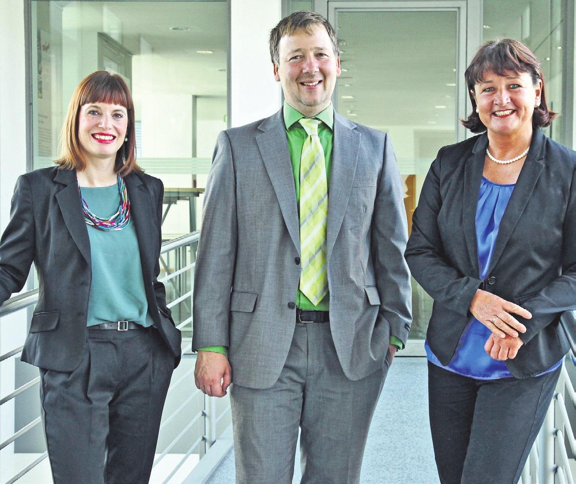 Das Team des StarterCenters der IHK Ulm. (v.l.) Nadine Sommer, Michael Reichert, Jutta Peschel. Foto: Team StarterCenter