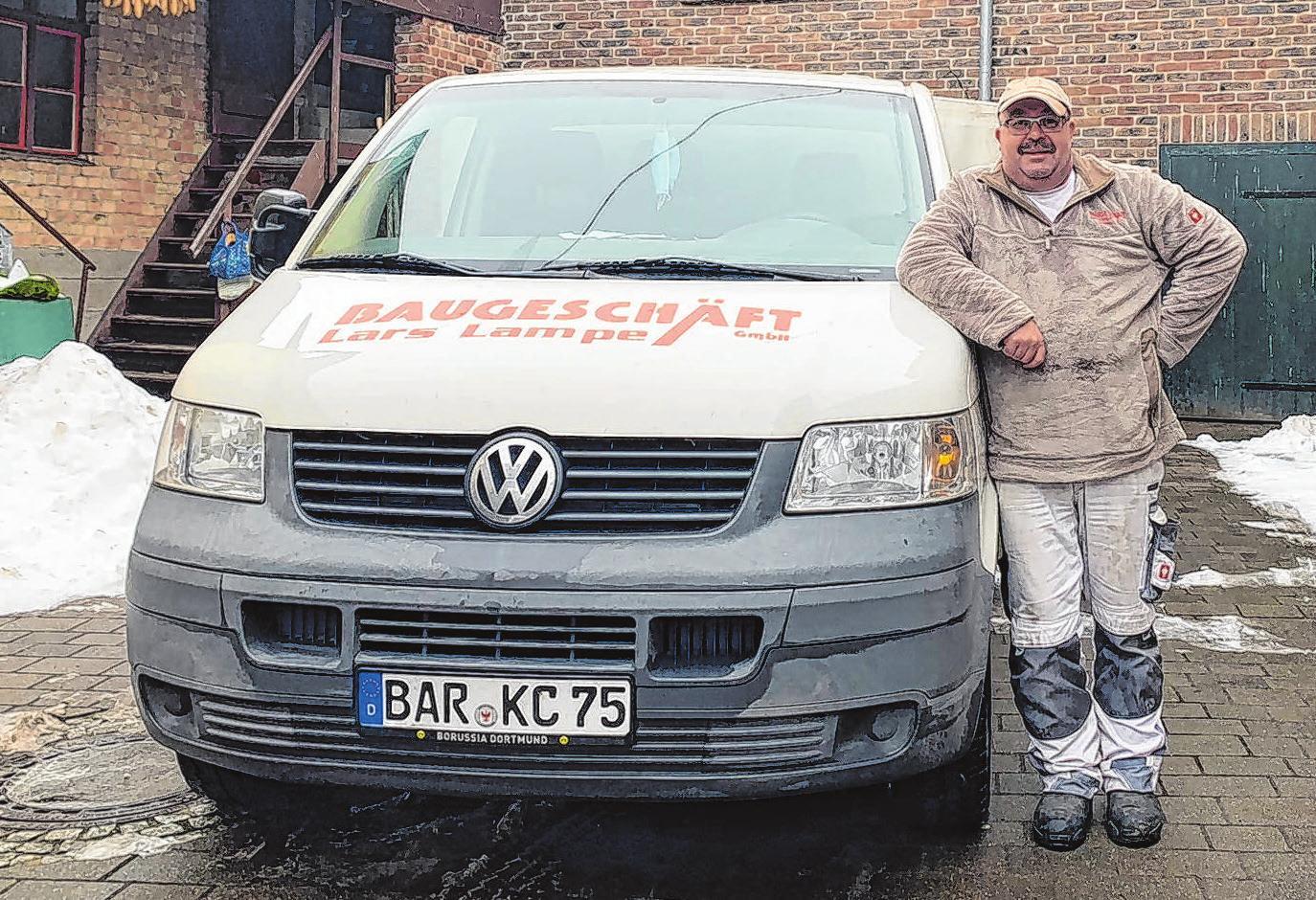 Lars Lampe steht als Maurermeister seinen Mann und leitet seit 20 Jahren sein gleichnamiges Baugeschäft. Foto: Heike Wähner