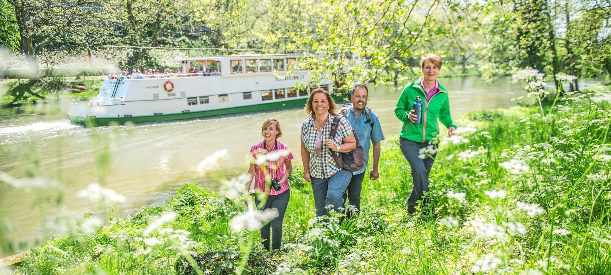 Mit dem Neckar-Ausflugsschiff geht es an den Pfingstfeiertagen auf Vier-Burgen-Tour. Foto: Touristikgemeinschaft HeilbronnerLand e.V./Jan Bürgermeister