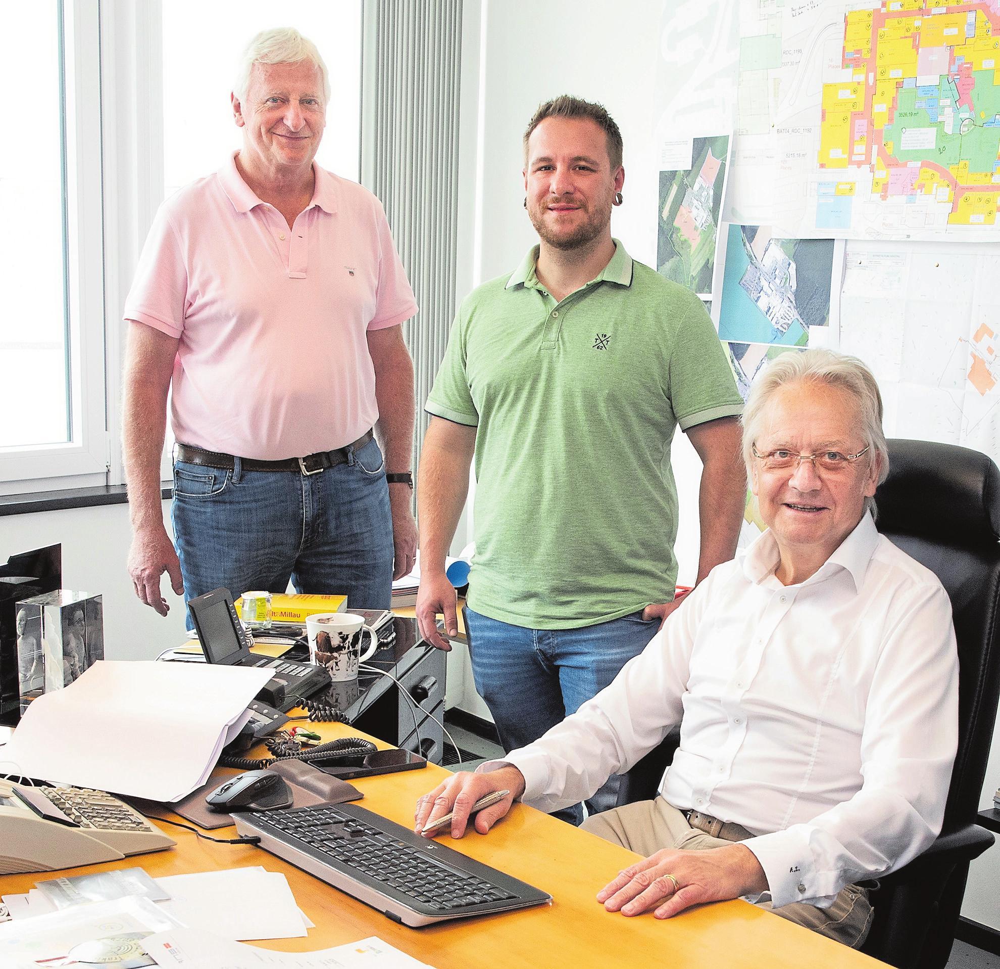 Die Geschäftsführung des Shopping Centers v.l.n.r.: Ed Goedert, Gilles & Arsène Laplume. Steve Eastwood