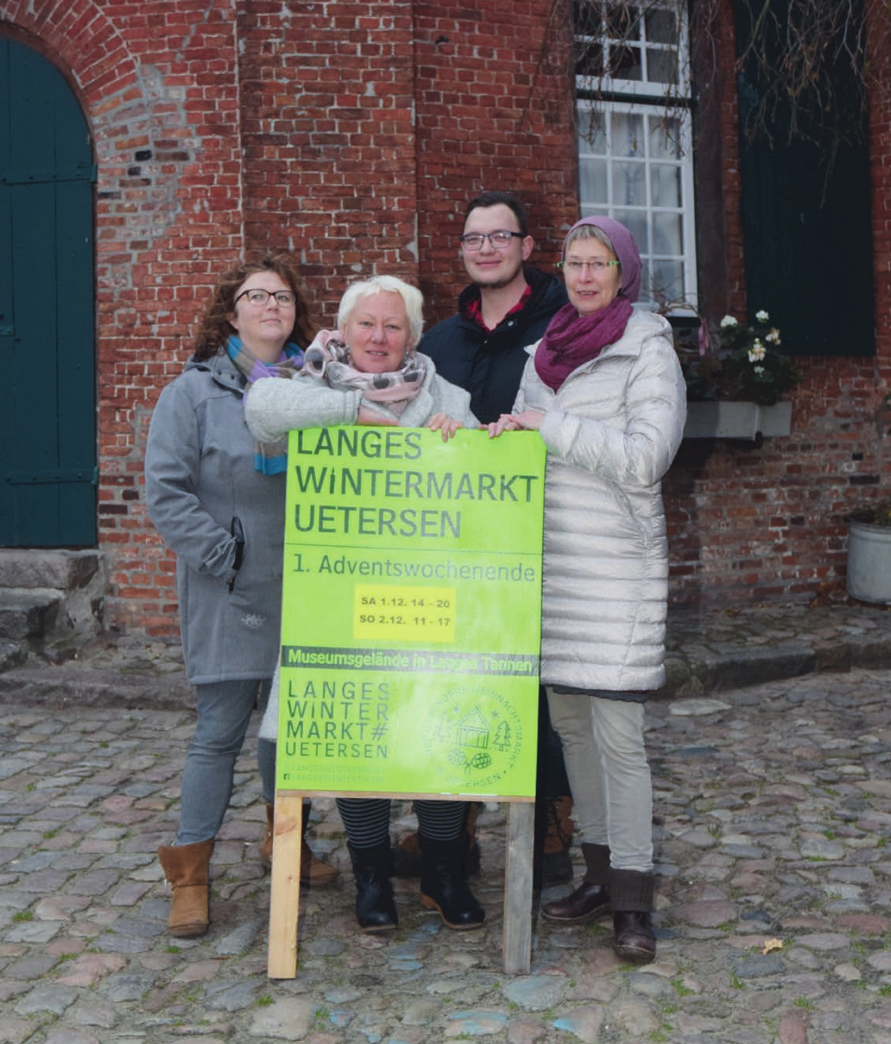 Eilika Plath (v. l.), Manuela Brocks, Christian Tammling und Cornelia Schröder gehören zu den Organisatoren, den den Wintermarkt auf dem Museumsgelände Langes Tannen vorbereitet haben Foto: Klein