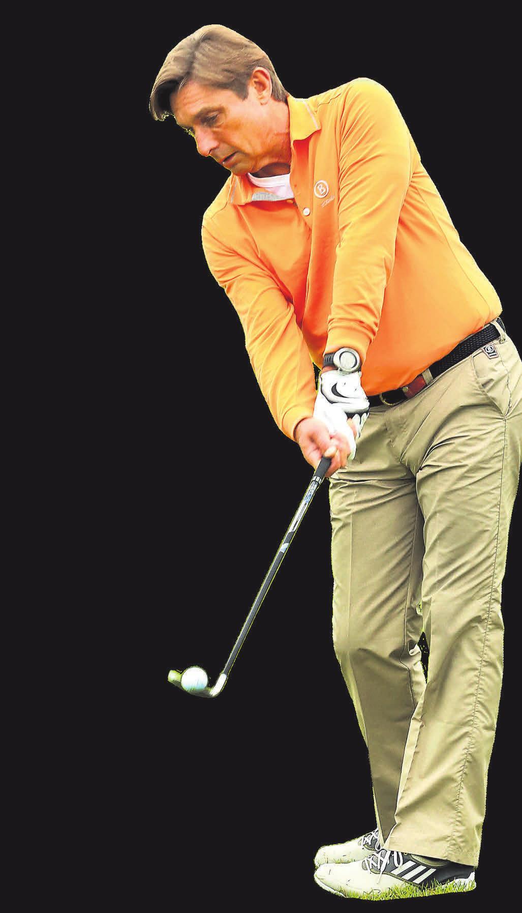 Golfverband-Chef Rüdiger Born beim Putten. Foto: Dietmar Lilienthal