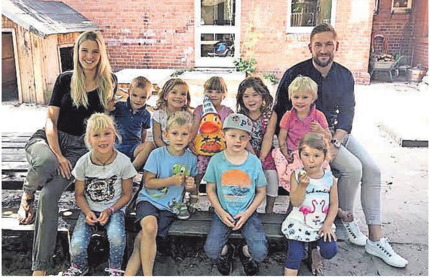 Die Kinder des ev. Kindergartens Schatzinsel in Otternhagen haben die Rennente der Fa. Rahlfs Immobilien gestaltet.