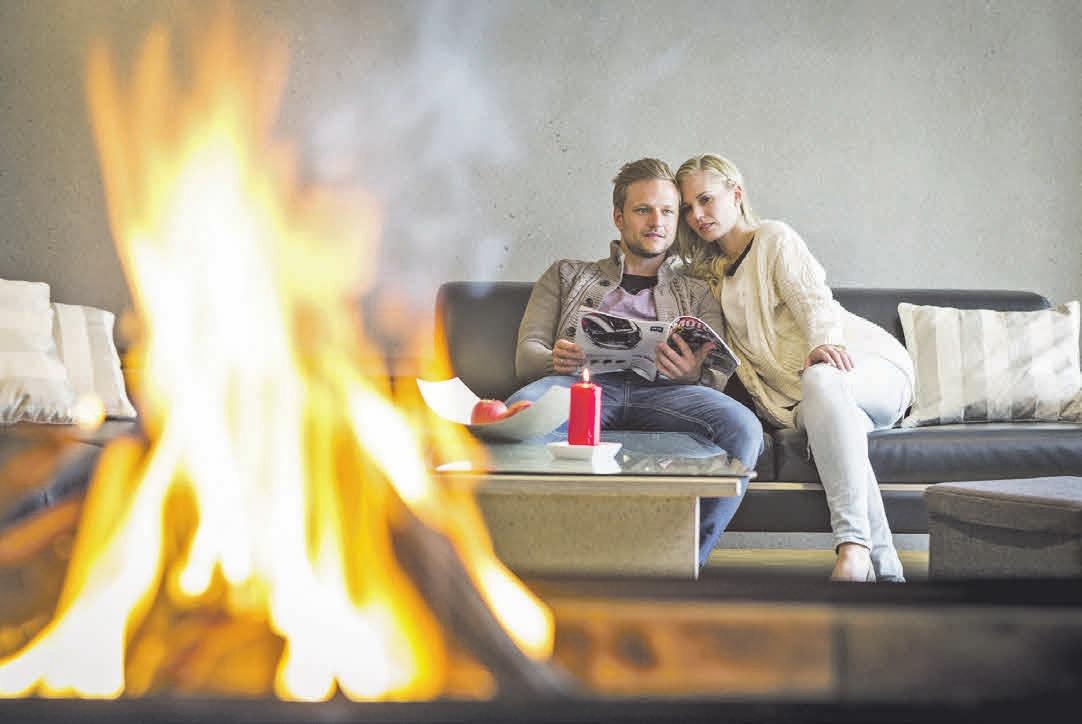 Im Haus aus Beton lässt sich auch das offene Kaminfeuer entspannt genießen.Fotos (2): Betonservice Süd