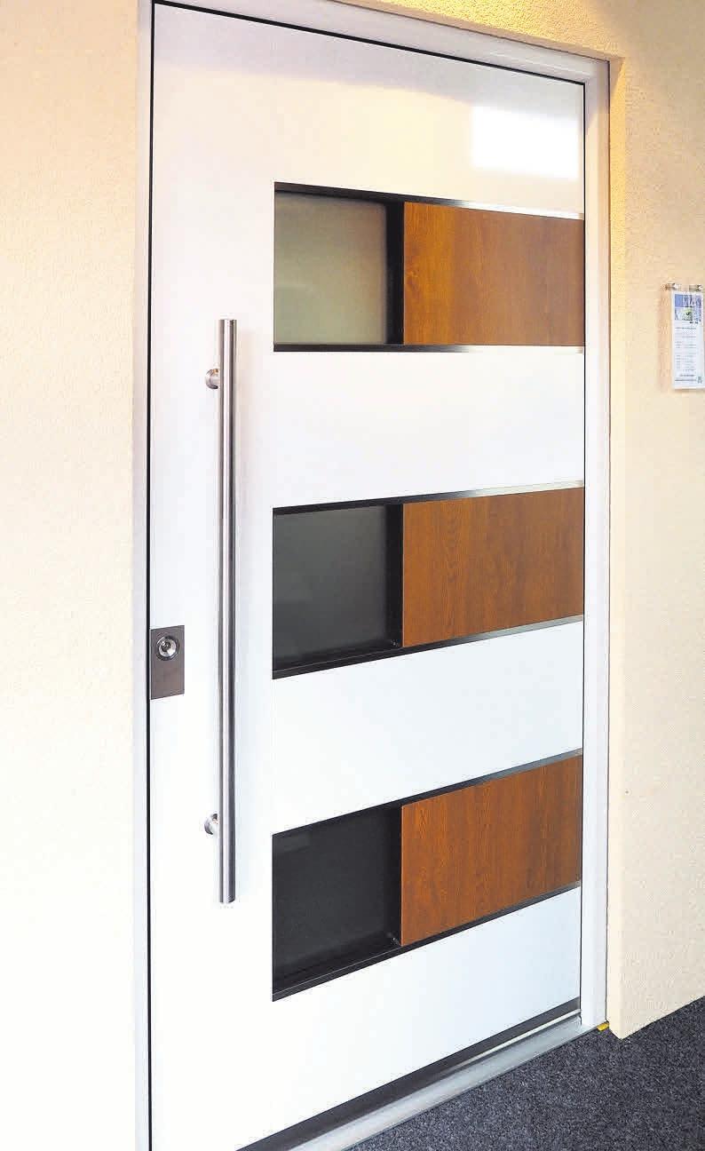 Bieten Schutz vor Kälte und ungebetenen Gästen: Die Haustüren von Hasenjäger werden auf Maß gefertigt und fachgerecht montiert.
