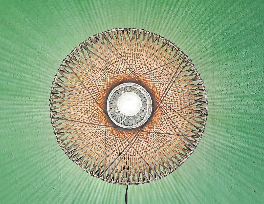 Mit Lampen von Good & Mojo kann man bei BambusKultur Gutes tun.