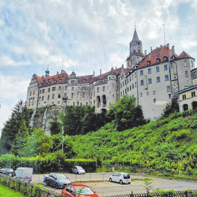 Den Panoramablick aufs Schloss gibt's beim Friseurbesuch inklusive.