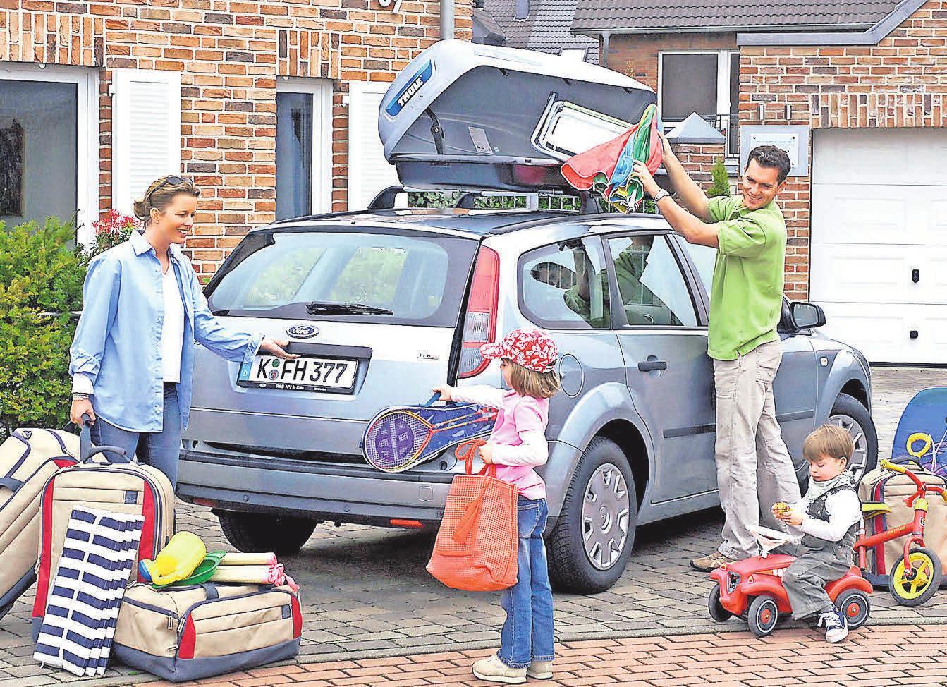 Beim Packen von Kofferraum und Dachbox für den Urlaub muss einiges beachtet werden. Foto: dpp-AutoReporter