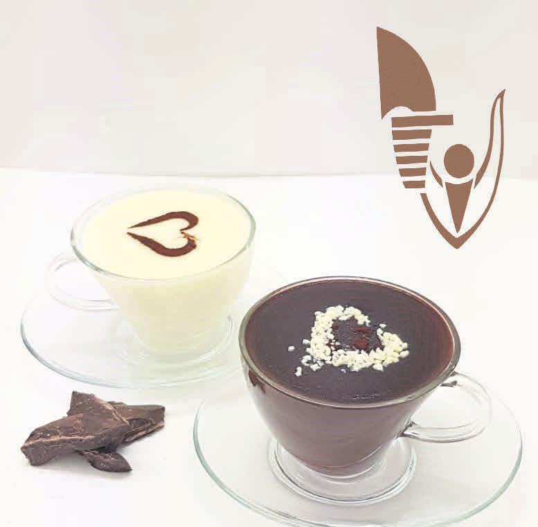 Cioccolate Calde, ein heißer, flüssiger Schokoladengenuss der italienischen Art, gibt es ab sofort nur beim Eiscafé Venezia im CCL.