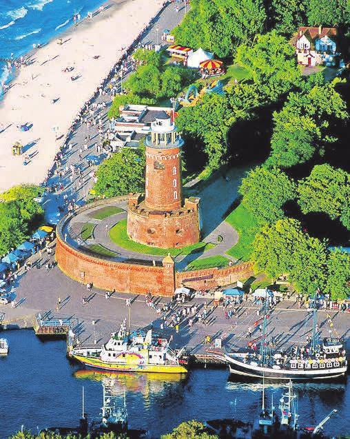 Der Leuchtturm ist das Wahrzeichen Kolbergs. Foto: Behrens Media