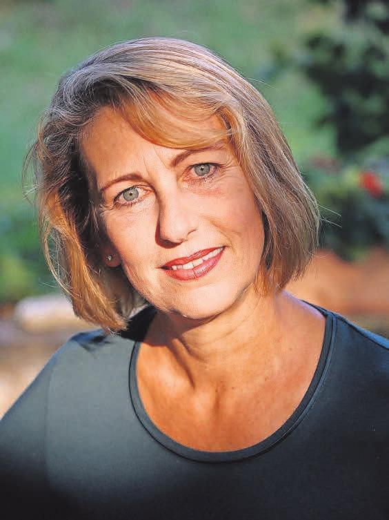 Susanne Mischke stellt in der Lütt-Jever-Scheune ihren neuen Roman vor.