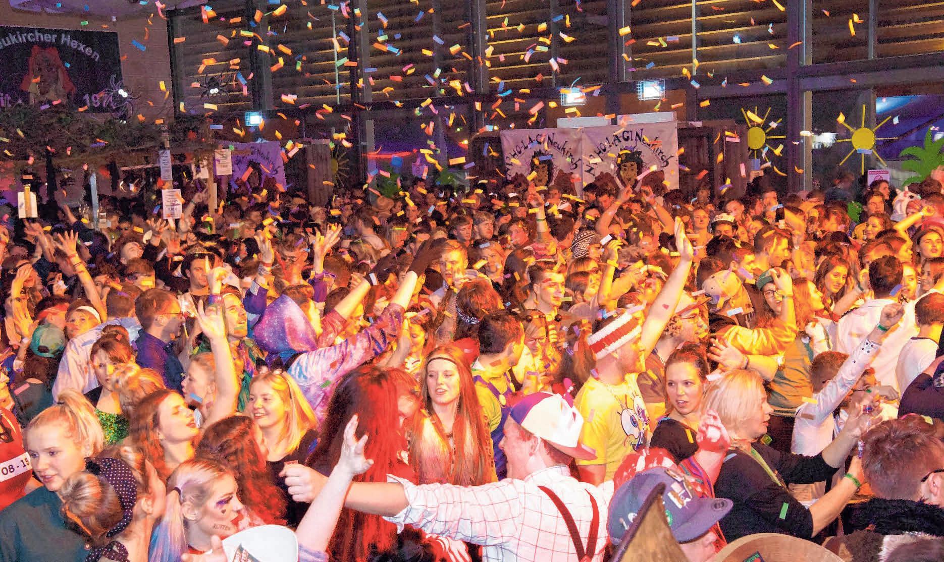 Bei Live-Acts und DJ-Musik herrscht mächtig Stimmung. FOTO: OEJ
