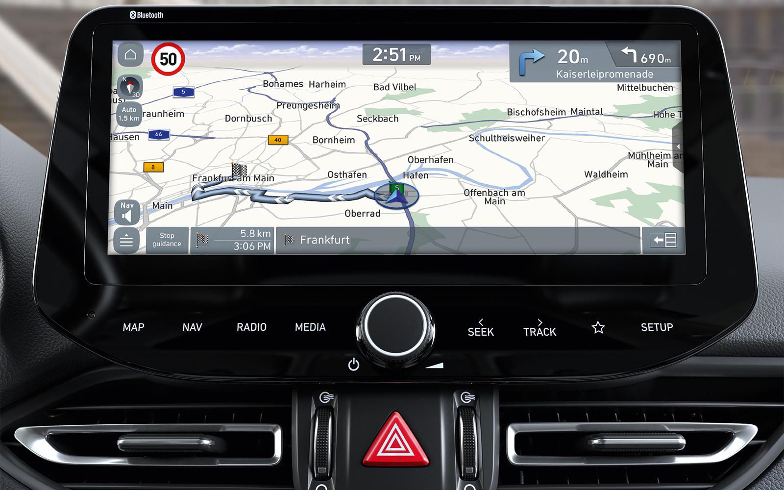 Weiß immer, wo es langgeht: das Navi im neuen Hyundai i30