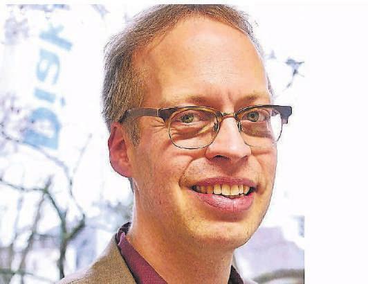 Ratsherr Ulrich-Timmo Christenn von den Wuppertaler Grünen hat sich für das Schwammstadt-Projekt stark gemacht.