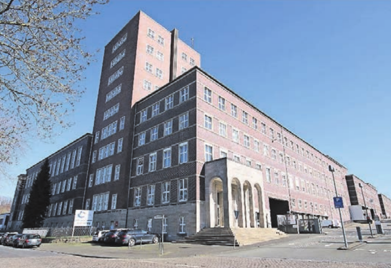 Industriedenkmal: das Gebäude der ehemaligen Konsumgenossenschaft.