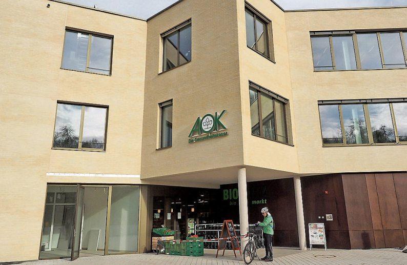 Der Biomarkt Biofritz und die AOK-Gesundheitskasse Neckar-Alb, die im Januar 2020 einziehen wird, sind Mieter im Kreissparkassen-Gebäude.