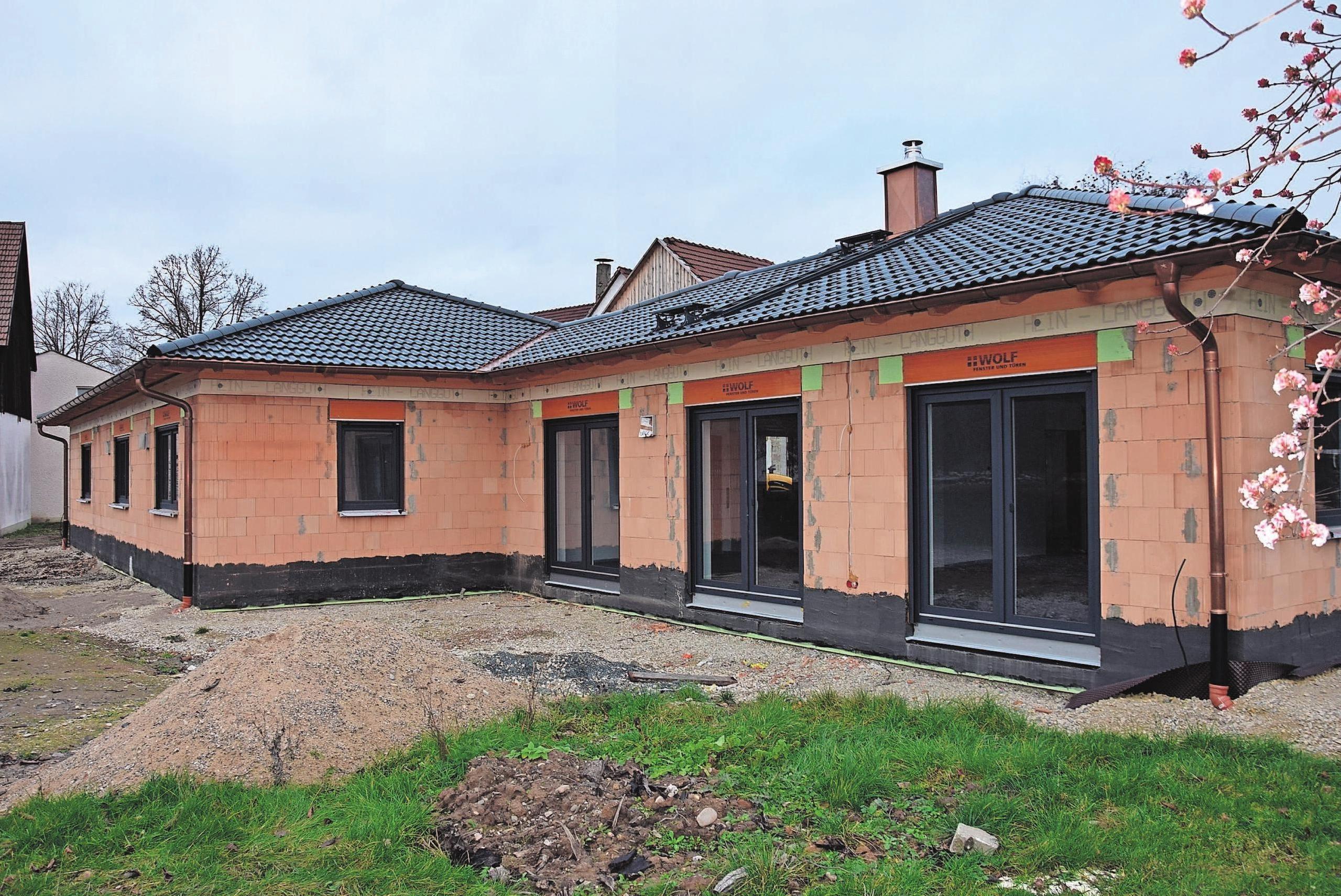 Bei der individuellen Planung berücksichtigte Kröckel-Bau die persönlichen Wohnwünsche des Bauherren. Fotos: Helga Schmidt