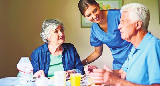 Verbesserte Arbeitsbedingungen in der Pflege. Foto: djd/Getty Images