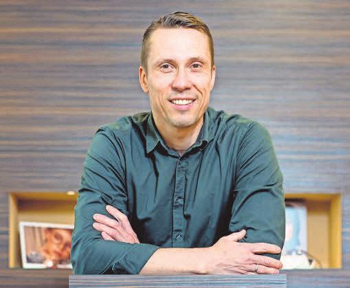 Christian Thatmann, Augenoptikermeister