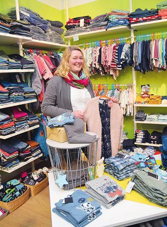 """Bei """"Blumenkinder und Rabauken"""" bietet Janina Kaßner robuste Kleidung für Kinder"""