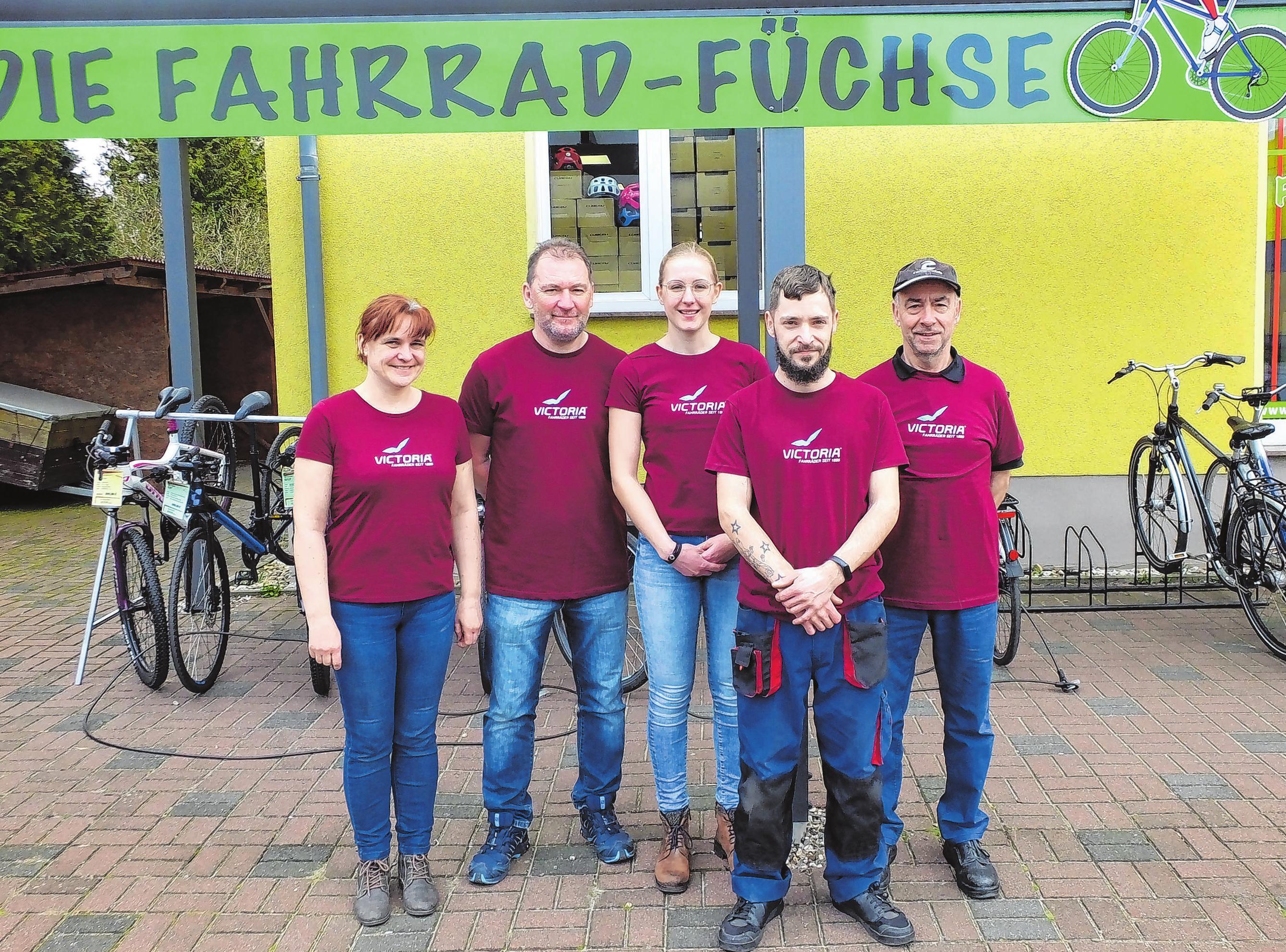 Das Team der Fahrrad-Füchse in Fürstenwalde. In zwei Filialen gibt es eine große Auswahl an Fahrrädern und E-Bikes. Foto: Roland Pirke