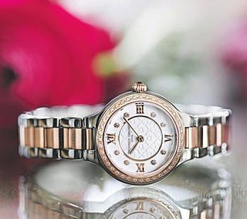 Juwelier Klenke geht mit der Zeit und bietet moderne Uhren-Trends. Fotos (2): Klenke