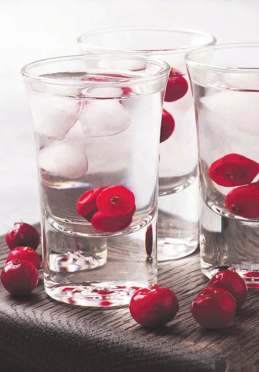 """Der beliebte """"Verdauungsschnaps"""" ist ein Mythos: Hochprozentiges verlangsamt die Verdauung und schafft keine Erleichterung. © derketta776/123RF"""