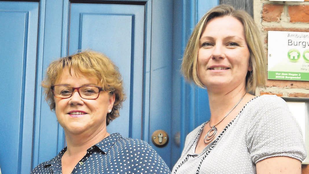 Leiterin der Ambulanten Pflege Burgwedel GmbH ist Daniela Warnecke (links).