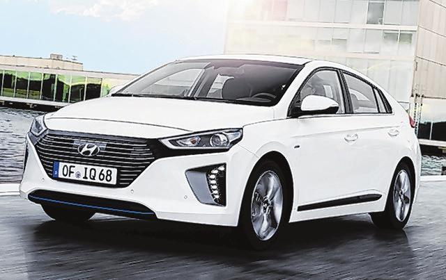 34 Hyundai Ioniq Hybrid
