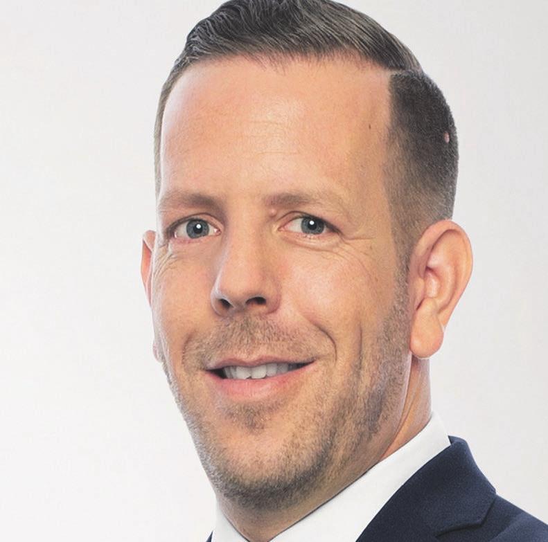Anlagespezialist Julian Bäuerle. FOTOS: SÜDWESTBANK