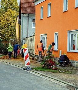 Arbeiten zum Breitbandausbau in der Langen Straße in Taucha. FOTO: ARCHIV/WEIMER