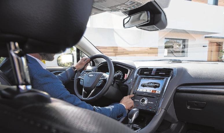 Nicht nur im Exterieur besticht der Ford Mondeo, sondern auch im Interieur zeigt er eine neue, ansprechende Designsprache. Fotos: Ford