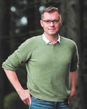 Holzbaumeister Christian Buchner: Die persönliche Beratung ist in der Planungsphase besonders wichtig und hilft dabei, die passende Wohnform zu finden. Foto: Robert Maybach