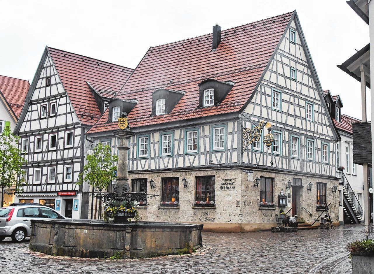 Es besteht die Aussicht, dass auch Hotels, wie hier das Herrmann am Münsinger Marktplatz, und die Außengastronomie an Pfingsten wieder Gäste empfangen dürfen.