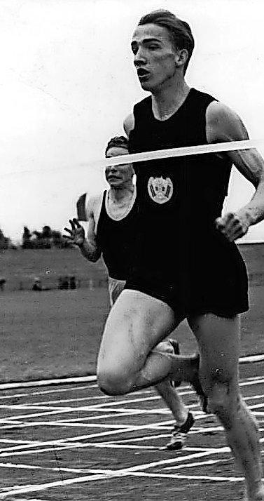Einer der ersten Weltklasse-Leichtathleten des VfL Wolfsburg: Sprinter und Weitspringer Manfred Steinbach