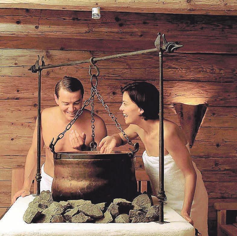 Ein Schwitzbad stärkt das Wohlbefinden. Foto: Bad Füssing