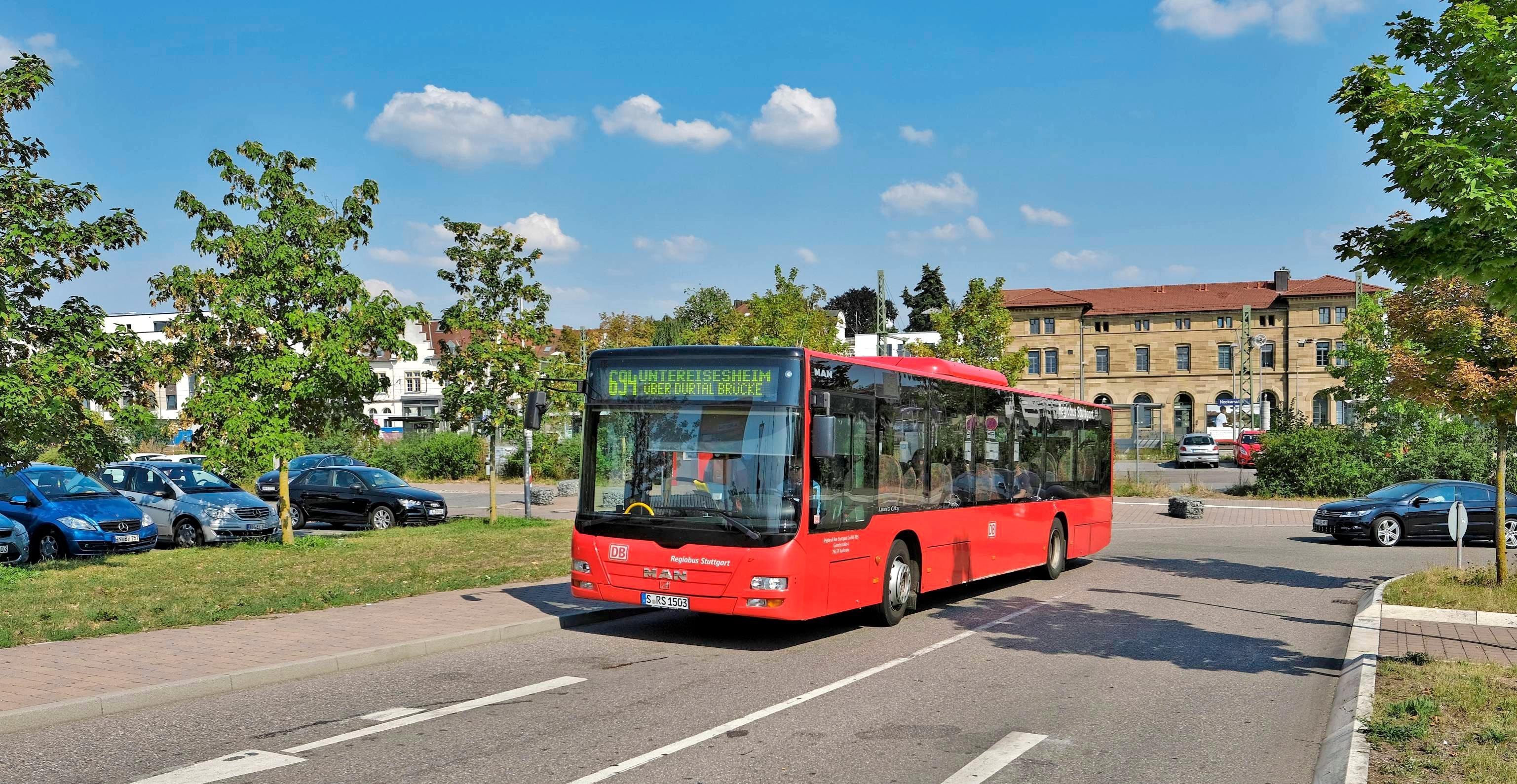 Weil Kitas und Schulen geschlossen sind, verkehren die Neckarsulmer Stadtbusse bis voraussichtlich 19. April nach dem Ferienfahrplan. Foto: Archiv/Mugle