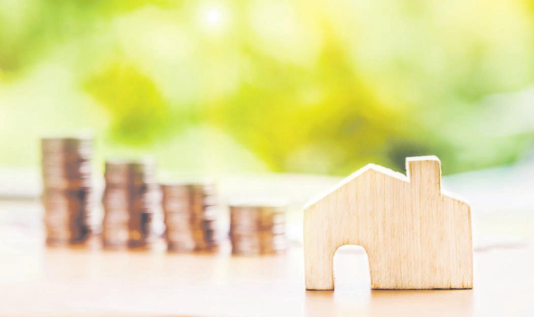 Wer bei Versicherungen sparen will, spart womöglich am falschen Ende. Wichtig ist, sich auf jeden Fall über Vertragsinhalte und Absicherungen zu informieren. Foto: Pixabay