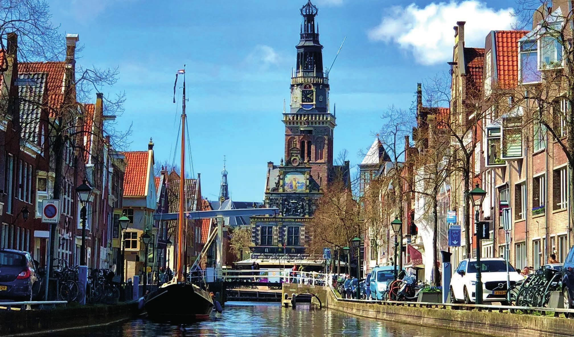 In Alkmaar mit seinen Grachten gibt es viel zu entdecken.