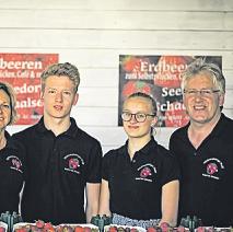 Familie Wulff betreibt die Himbeerplantage in Seedorf