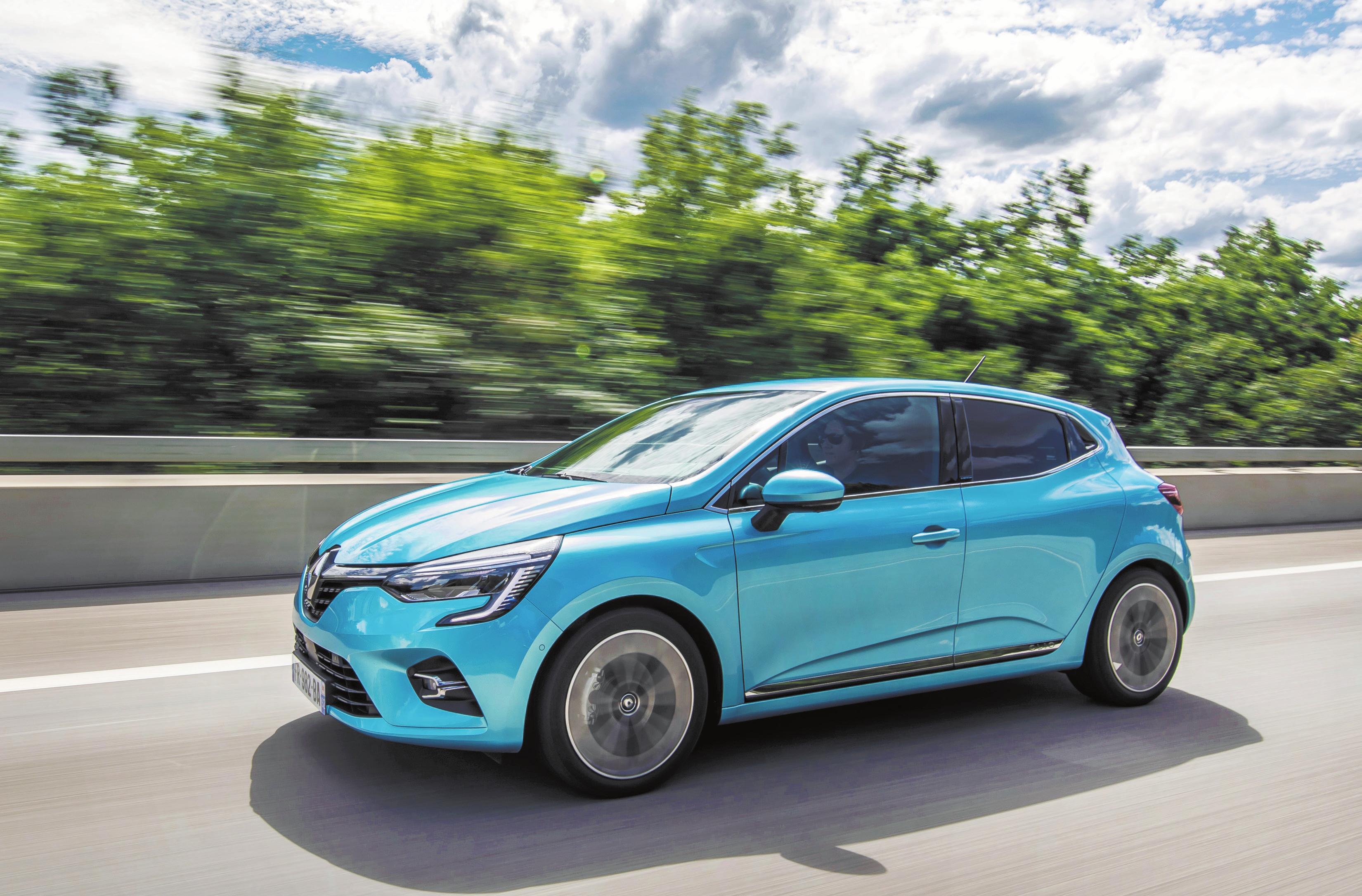 Der Renault Capture E-Tech schafft mit seinem Plug-in-Hybridantrieb bis zu 65 Kilometer rein elektrisch. Bild: Renault